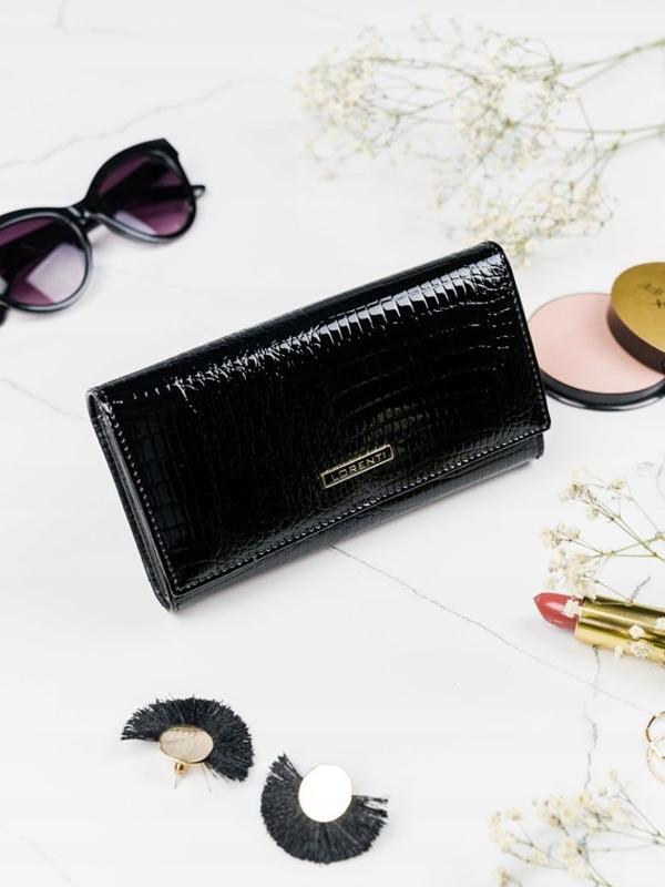 Čierna dámska kožená peňaženka 2102
