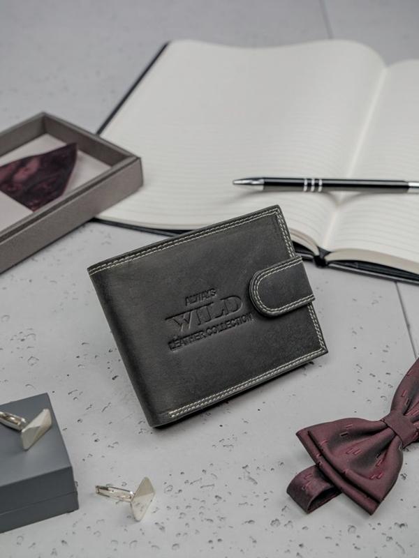 Čierna pánska kožená peňaženka 3201