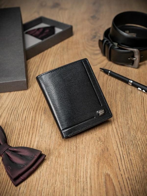 Čierna pánska kožená peňaženka  347