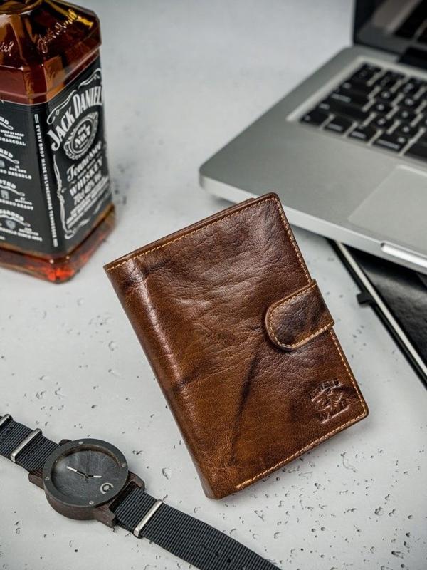 Hnedá pánska kožená peňaženka  3207