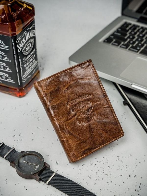 Hnedá pánska kožená peňaženka  3209
